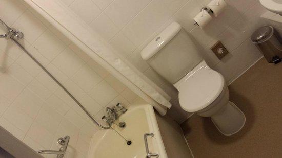 Mercure Southampton Centre Dolphin: Bathroom