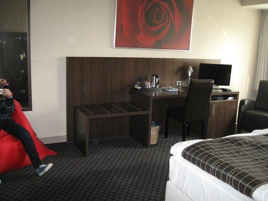 Hotel Carlton: Номер
