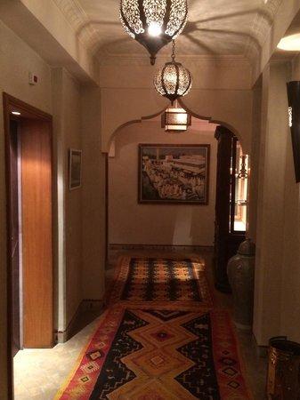 La Maison Arabe: Hallway