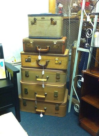 Hoover's Have All Mall: Vintage Luggage