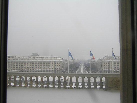 Palace of Parliament: Boulevard