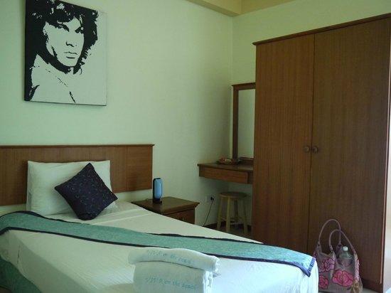 Viva On The Beach HOTEL: спать с Джимом