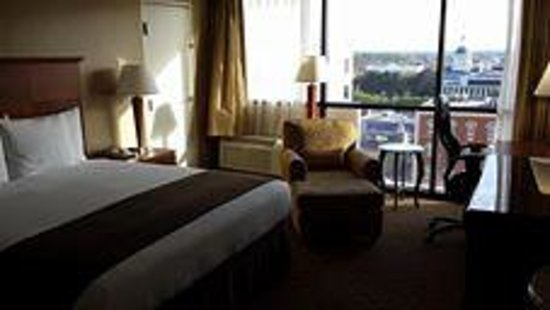 Doubletree Hotel Tallahassee: King Room