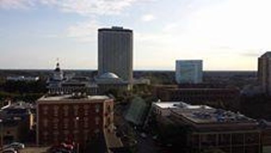 Doubletree Hotel Tallahassee: View of Capitol