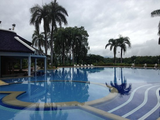 Dusit Island Resort, Chiang Rai : Pool