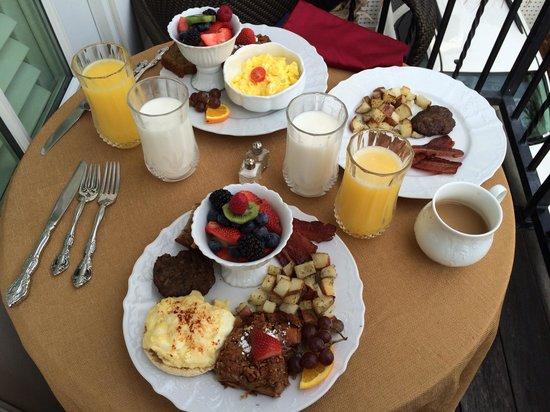 Port d'Hiver : Breakfast