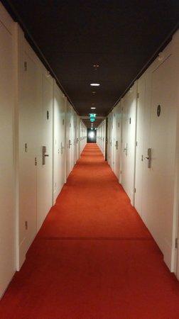 citizenM Schiphol Airport: Corridor