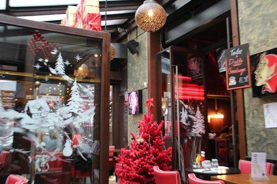 Au Diable des Lombards: Déco de Noel