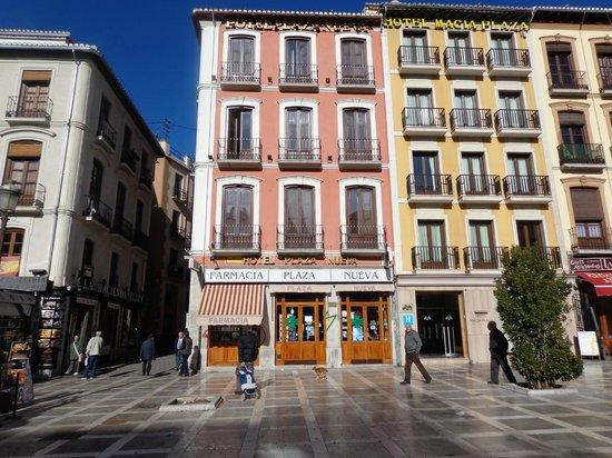 Plaza Nueva Hotel: вид снаружи