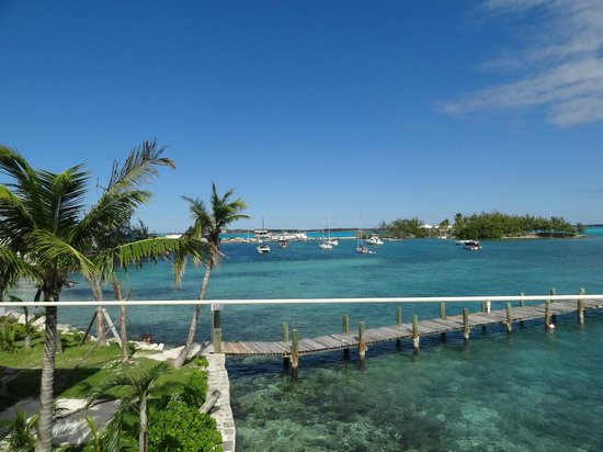 Exuma Yacht Club: vue de la terrasse du restaurant