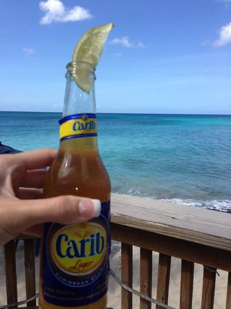 Rhythms at Rainbow Beach: Vacation starts when the Carib opens