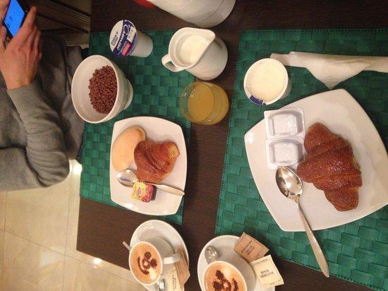 Hotel Santa Croce: breakfast