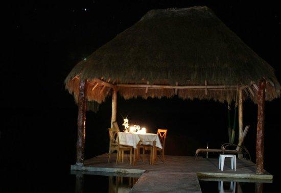 Bacalar Lagoon Resort: Cena Romantica en la Palapa del muelle