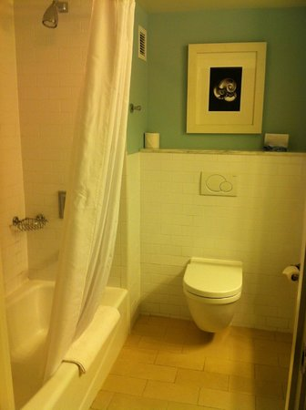 Melia Nassau Beach - All Inclusive: washroom