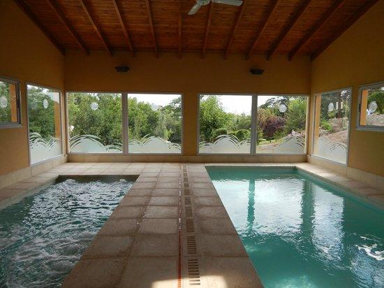 Las Terrazas Resort & Apart-Cabañas: Vista del parque desde el las piscinas cubiertas