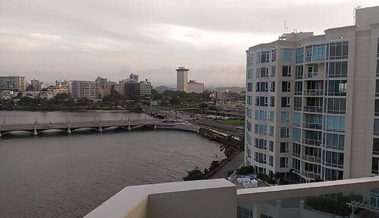 Condado Lagoon Villas at Caribe Hilton: From out 2 room suite looking out into the bay