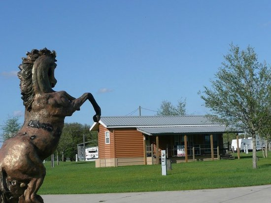 Goethe Trailhead Ranch: Rental unit