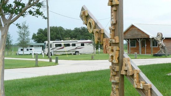Goethe Trailhead Ranch: Campground