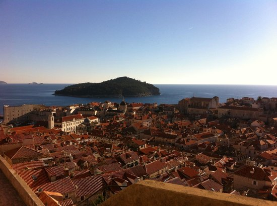 Hotel Excelsior Dubrovnik: Island view from the Old City
