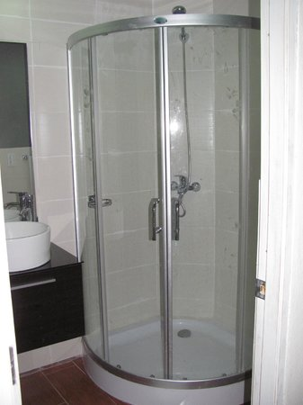 Hotel Portes 9: Bagno