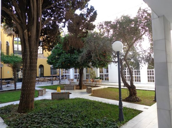 Hotel San Gil: внутренний дворик