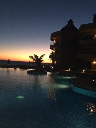 Playa Grande Condominium Resort : another beautiful sunset
