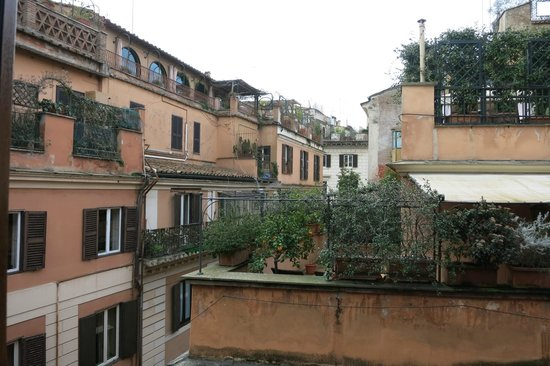 Hotel Manfredi Suite in Rome: View outside my window