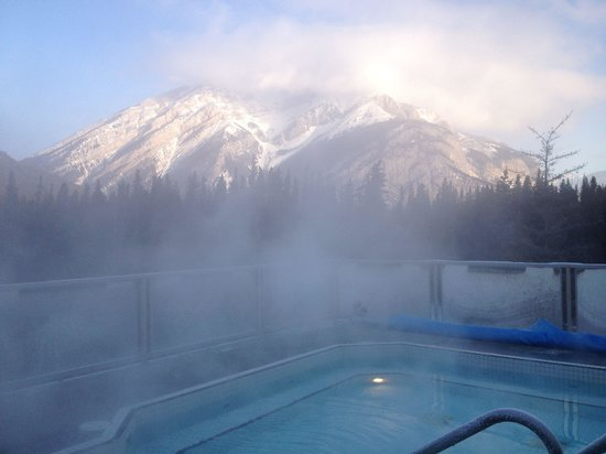 Inns Of Banff: Rooftop pool was great! It will bring us back :)