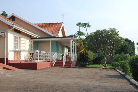 Lake Victoria View Guest House: The main house/veranda