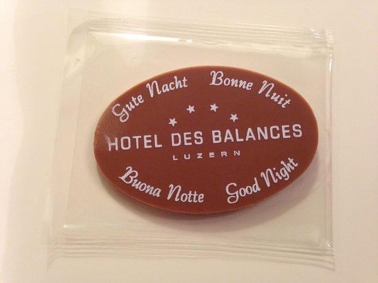 Hotel des Balances : Their way of saying gunnite every night
