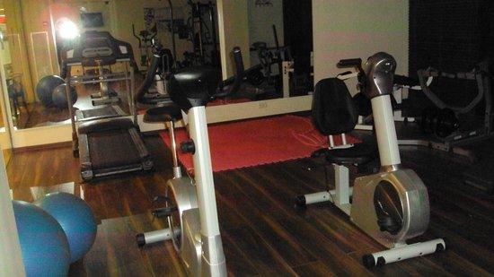 Restal Hotel: Area de ginastica