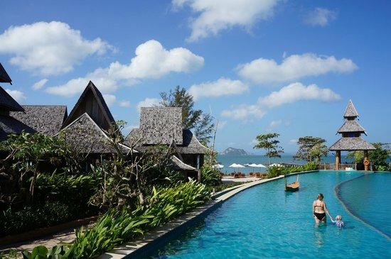 Santhiya Koh Yao Yai Resort & Spa : Pool with sea view