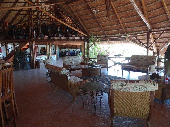 Manyara Wildlife Safari Camp: Lounge area