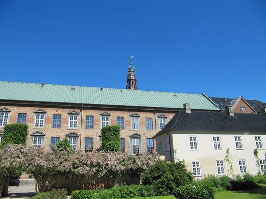 Royal Library (Kongelige Bibliotek): библиотека