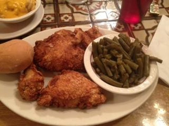 Lindsay's Roost Bar and Grill: Chicken Platter