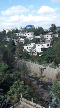 RiverSide Apartment Hotel: View of Addis from our balcony