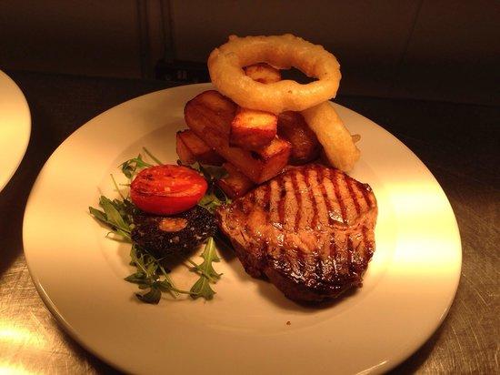 Anglers Arms: 8oz ribeye steak