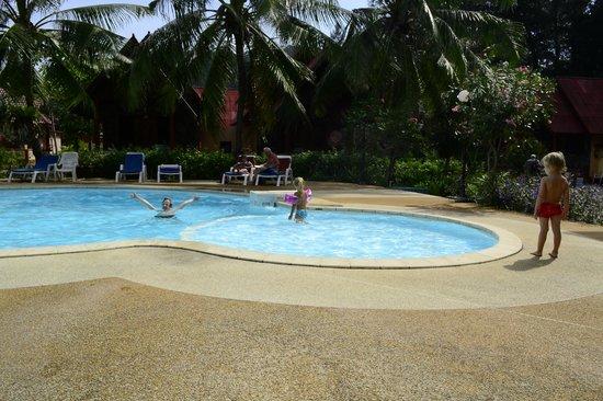 دي آر لانتا باي ريزورت: Hotel's pools