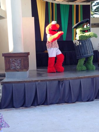 Beaches Ocho Rios Resort & Golf Club: Elmo and oscar