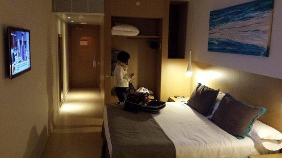 Hotel Atenea Port Barcelona Mataro : Habitacion