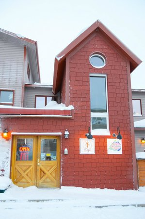 Bayside Bed & Breakfast: Bayside B&B and The Dancing Moose Cafe