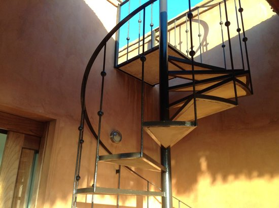 Rancho Pescadero: Stairs to the roof top terrace