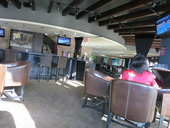 Executive Suites Hotel & Resort: Livingroom Restaurant