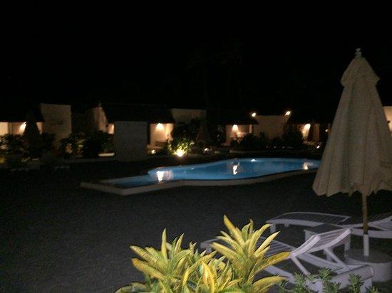 Dhow Inn: Vue de la chambre nocturne