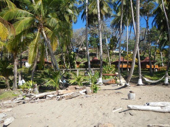 Tango Mar Beachfront Boutique Hotel & Villas: Tiki suites