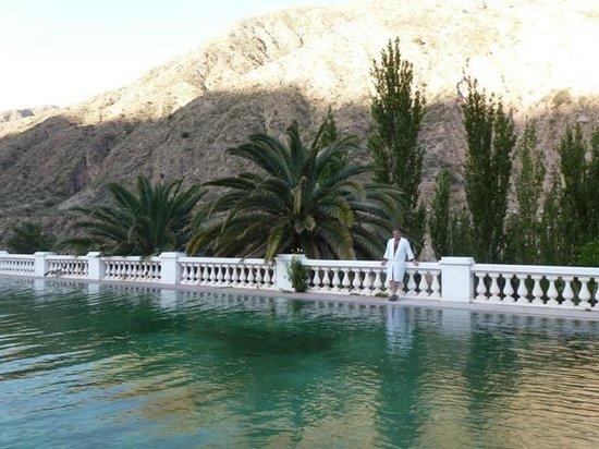Hotel & Spa Termas Cacheuta : pisina