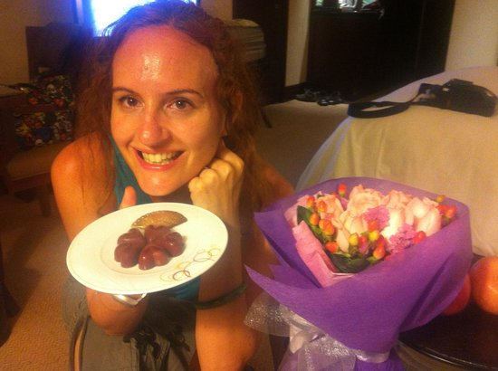 Mandarin Oriental, Kuala Lumpur: With the chocolates and the bouquet!