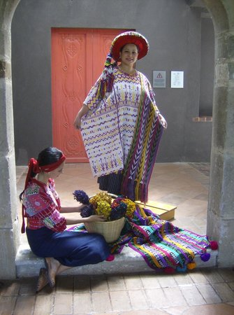 Casa Santo Domingo: At our luncheon function at the Casa's hilltop site we were welcomed by women in traditional cos