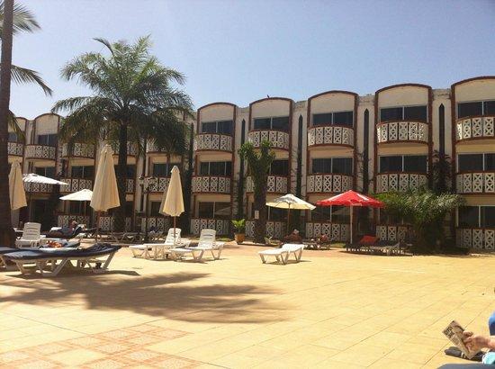 Laico Atlantic Banjul Hotel: Rooms overlooking the pool