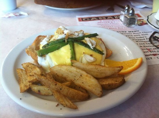 Cheeser's Palace: Oscar Eggs Benedict